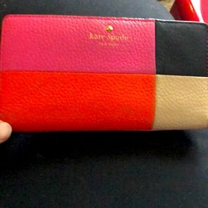 Kate Spade Leather Wallet ~ Lightly used.
